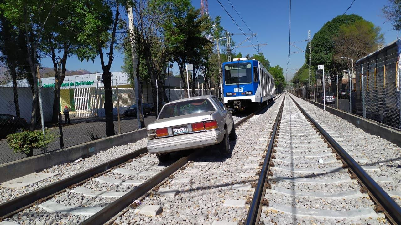 tren ligero carro cdmx suspensión