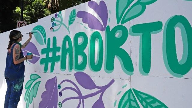 Cancelan discusión del aborto legal en todo México