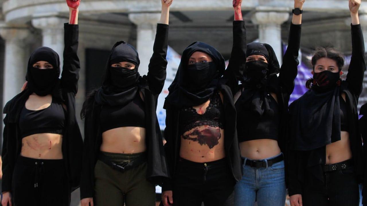 Alumnas ADM protestaron contra la violencia de género