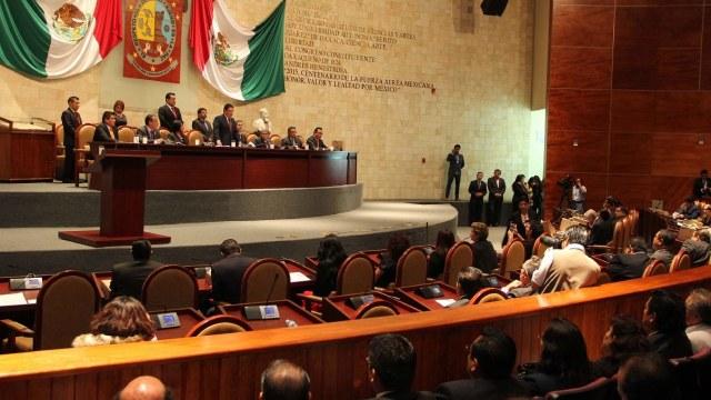 Congreso de Oaxaca desapareció IAIP