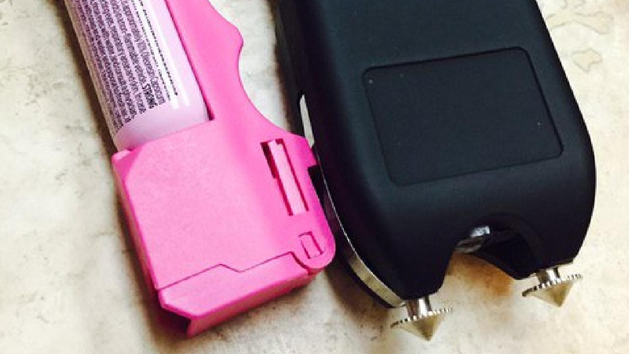 Aprobaron uso de herramientas de defensa personal para mujeres