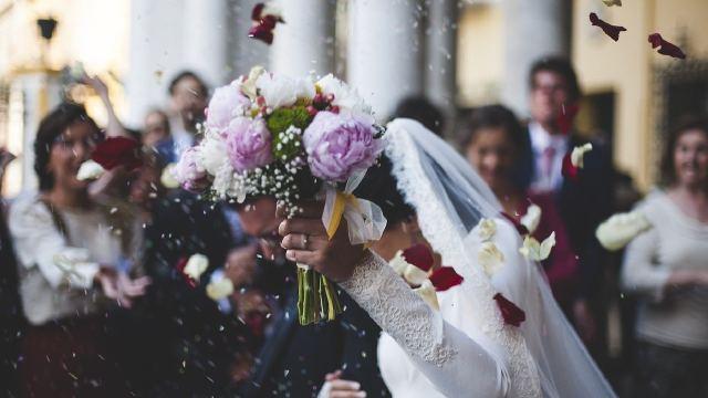 En China un hombre se casó cuatro veces ara tener beneficios laborales