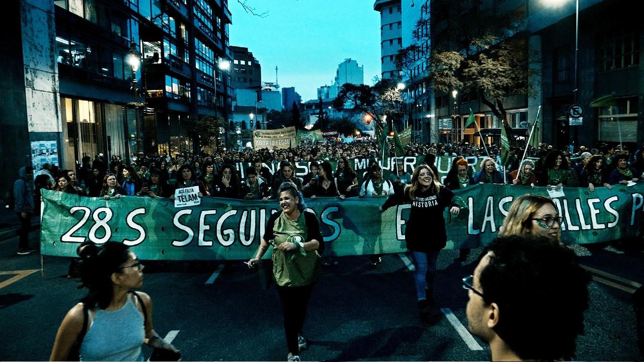 Hombre Pide Justicia Frenar Aborto Expareja Argentina