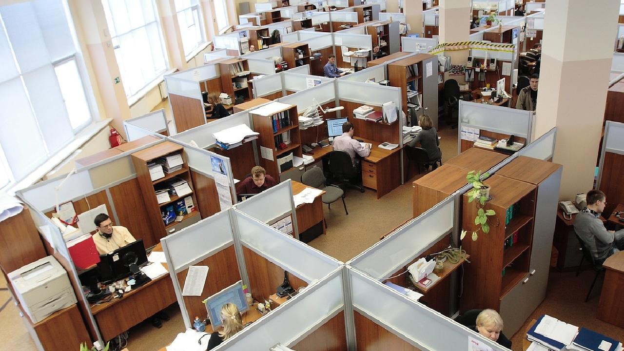 Por Cvid 19 dos millones de personas perdieron su empleo