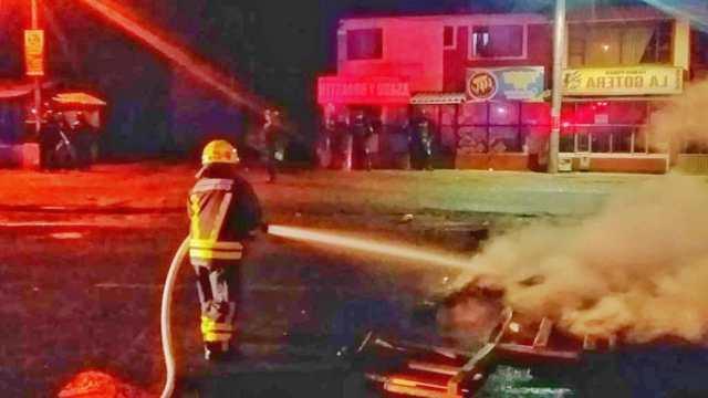 Colombia incendio Estación Policía