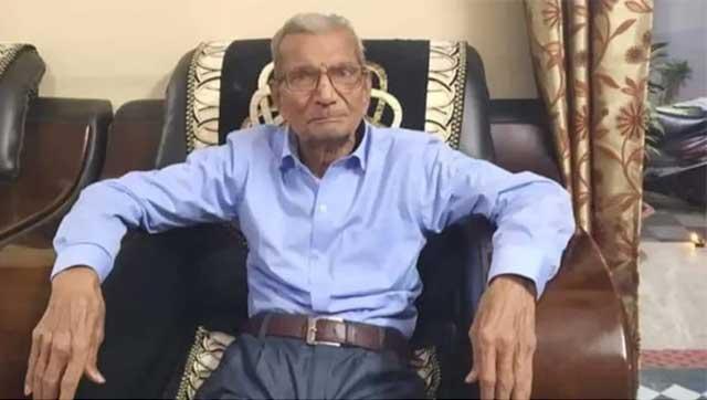 India abuelito Covid 19 cede cama hospital