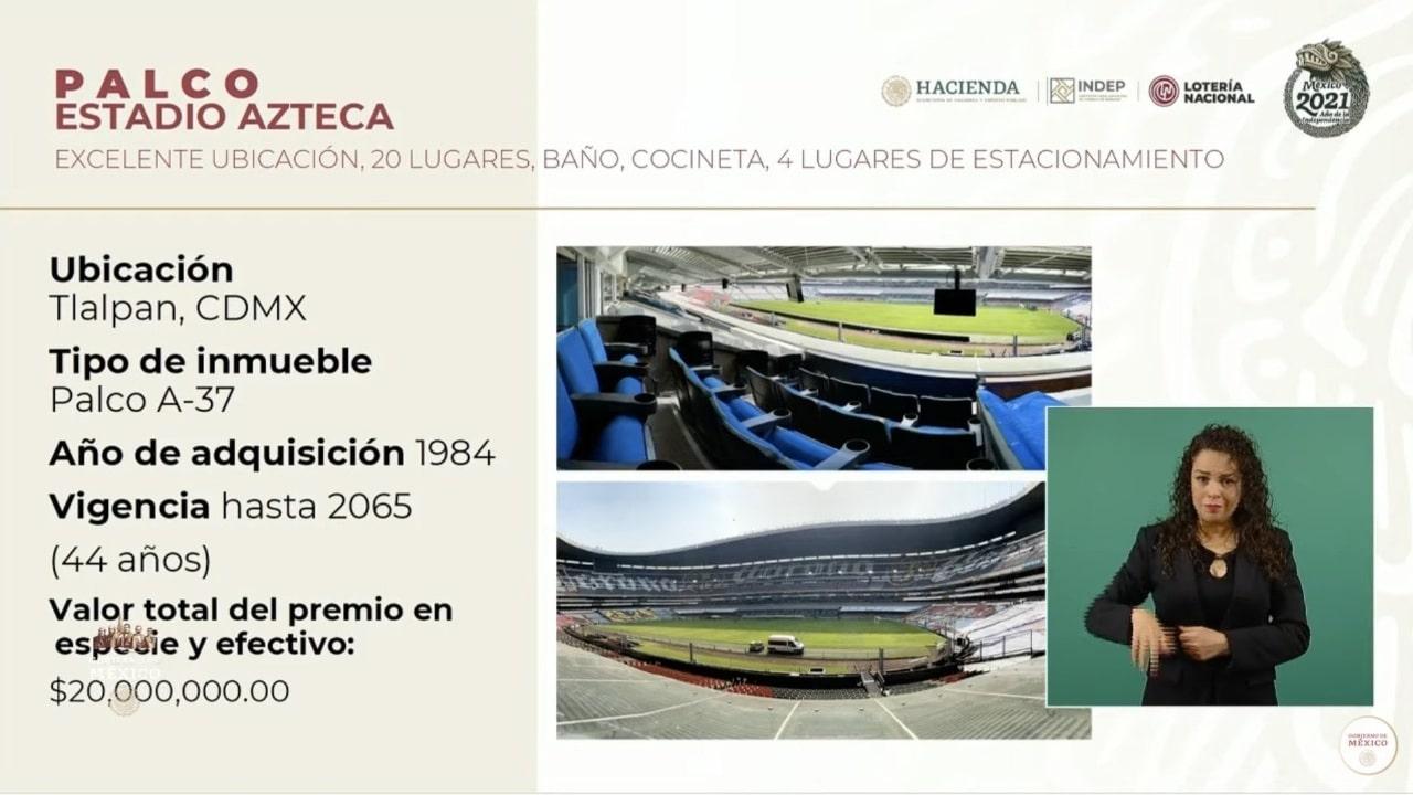 AMLO rifa palco en el Estadio Azteca