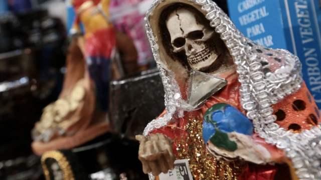 Santa Muerte cobra favores