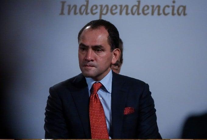 Arturo Herrera Deja Hacienda Gobernador Banco de México
