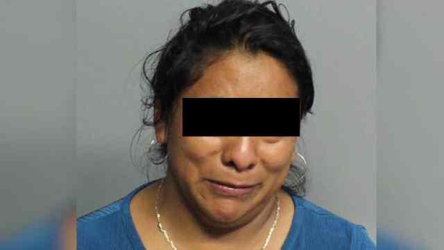 25 años prisión mujer mató niña dos años