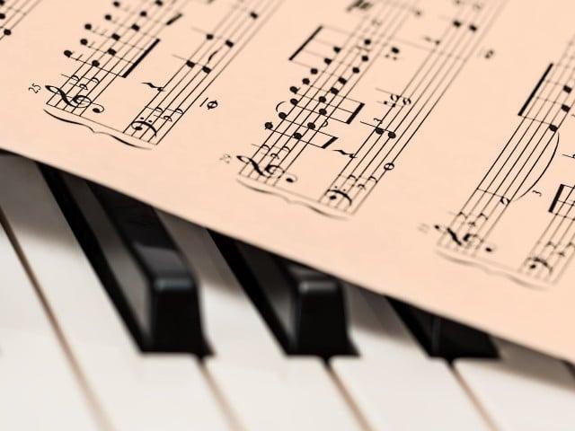 Estudio revela que el reguetón activa activa más el cerebro que la música clásica