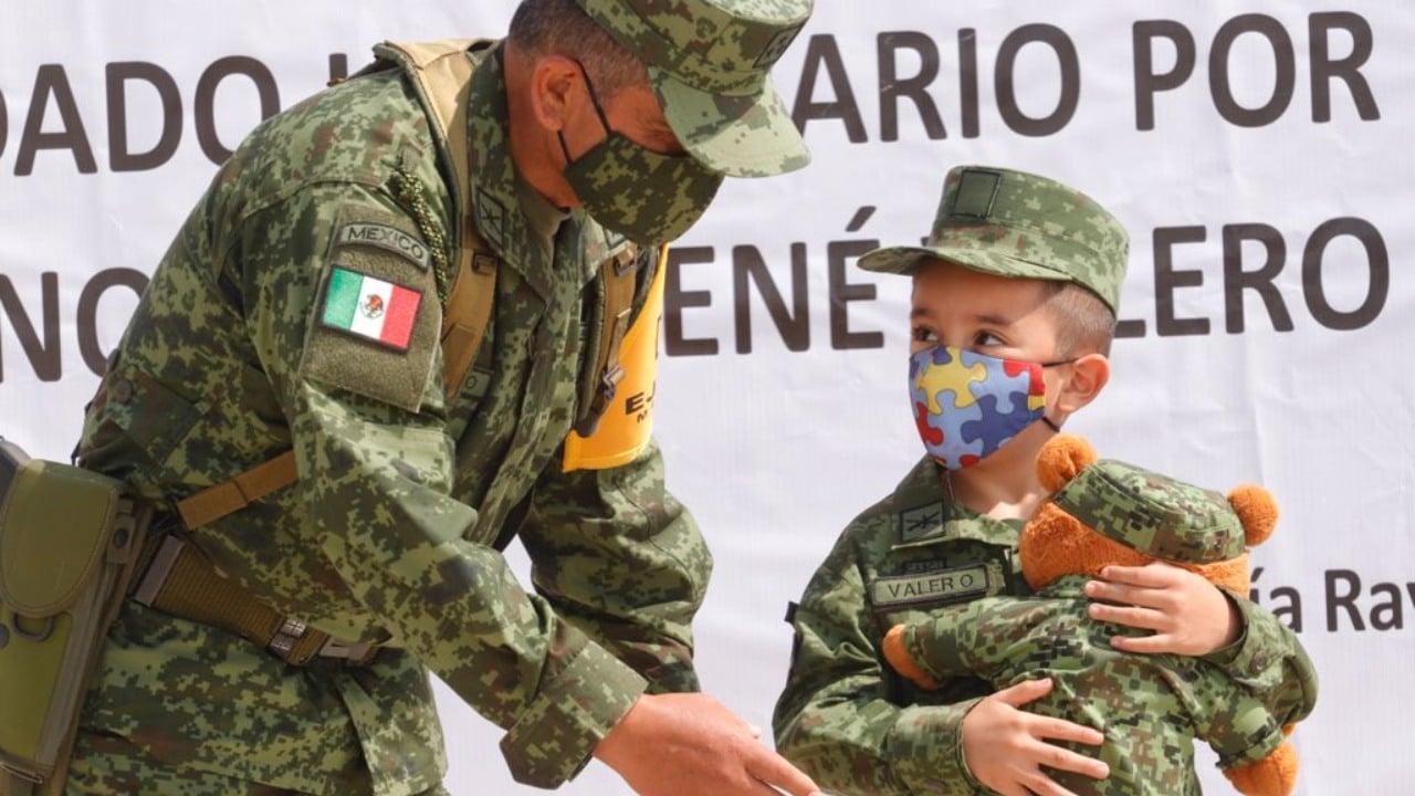 Luis rené el niño con autismo que se convirtió en soldado