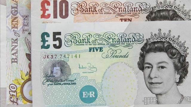 Jamaica demandará al Reino Unido y a la reina Isabel II por la trata de esclavos