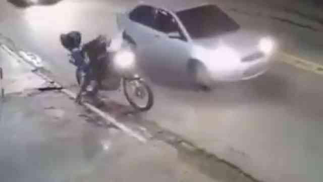 Justiciero Anónimo Dispara Mata Ladrón Motociclista Video