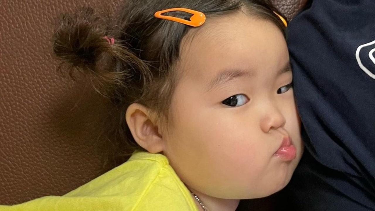mamá de Jinmiran demandara a quien use stickers de la niña