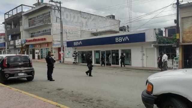 Mujer con bomba falsa intentó robar banco
