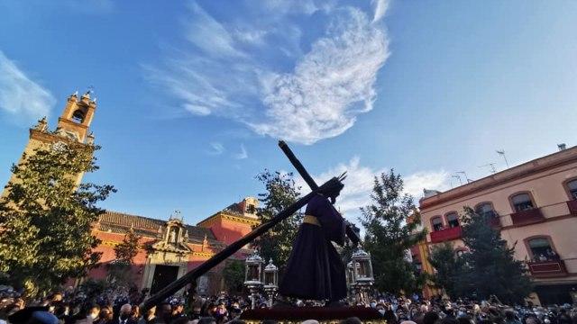 Captan en España rostro de Dios durante una procesión