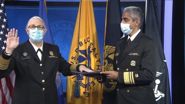 Doctora trans obtiene el cargo militar más alto en Estados Unidos