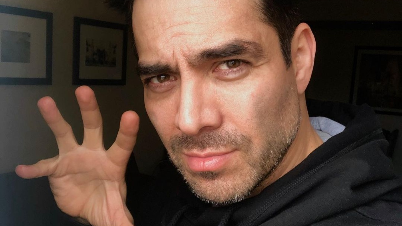 IPN invit a Omar Chaparro a dr plática y reciben críticas de estudiantes