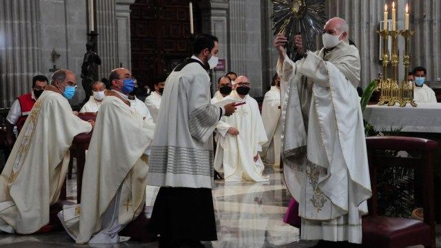 Investigan a ocho obispos mexicanos por encubrir delincuentes sexuales