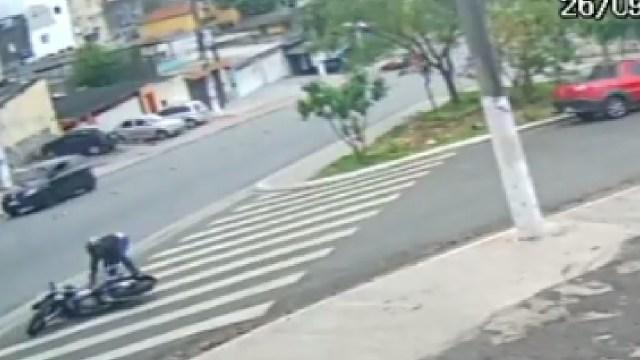 Motociclista disparó contra sus asaltantes