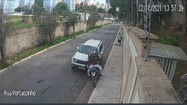 ¡Un héroe! Conductor en Brasil frustra robo contra peatones