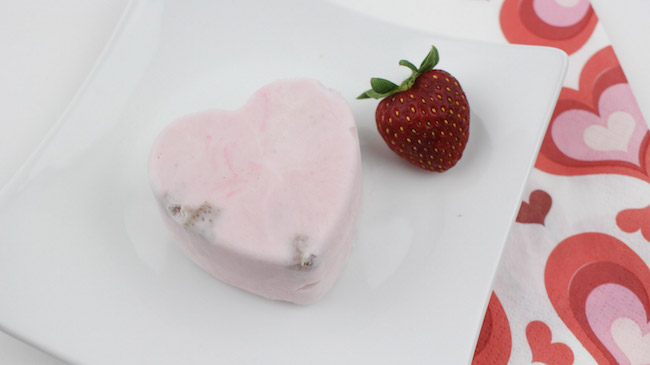 With Valentine's Day upon us, what better way to celebrate than with the Whipped Strawberry Sweethearts Recipe and still stick to your Weight Watchers plan.