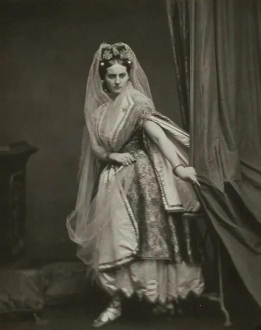 L'assassinat, ou Judith (1861 - 1867) - Virginia de Castiglione par Pierson