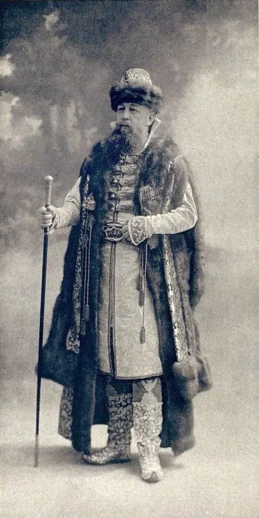 Le prince Prozorovsky-Galitzine, Maitre des Cérémonies