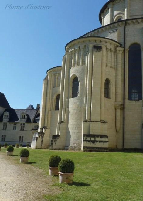 Une (toute petite ! ) parcelle de la gigantesque abbaye de Fontevrault