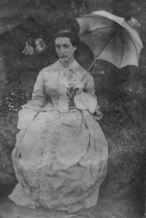 Adèle photographiée par son frère Charles Hugo en 1853/1854 (maison de Victor Hugo)