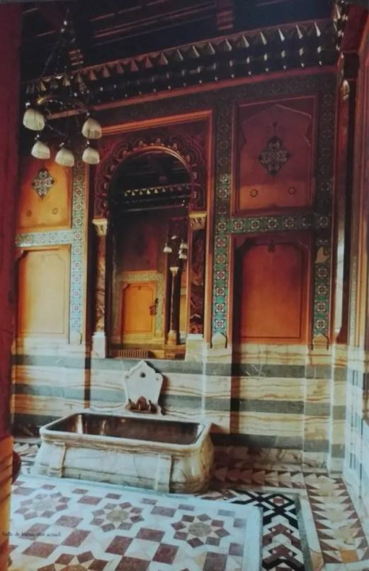 L'exotique salle de bains de l'Hôtel Païva