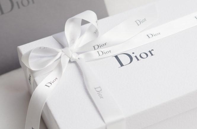détail paquet dior