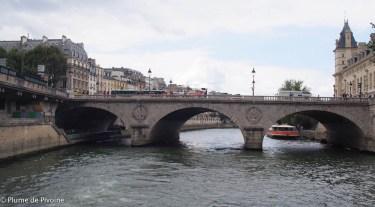 paris et bateaux mouches
