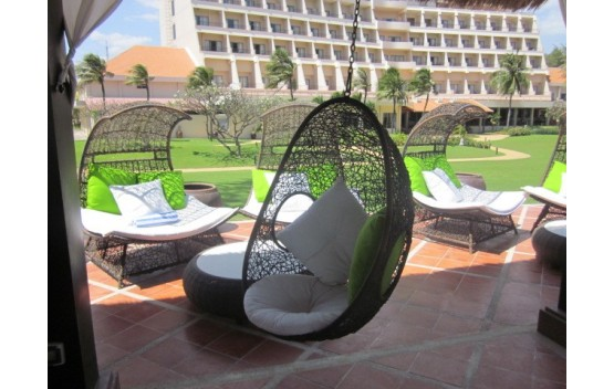 swing chair sydney slip cover for buy cozy wicker outdoor egg chairs in australia plumindustries hanging pod vp