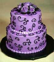http://www.chicade15.com/2010/01/27/opciones-de-tortas-moradas-para-que-combinen-con-tu-vestido-en-tu-fiesta-de-15