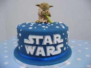 http://www.fiesta101.com/fiesta-tematica/star-wars-en-tu-fiesta.html