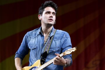 John Mayer performs on the first day of the New Orleans Jazz and Heritage Festival in New Orleans