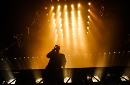 Kanye West. Saint Pablo Tour. Tarima Flotante. The Life of Pablo. Cúsica Plus
