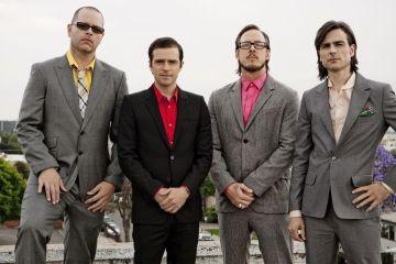 Weezer. Fake Smiles and Nervous Laughter. Nuevo tema. Cúsica Plus