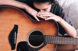 5 cantautoras venezolanas de menos de 25 años para no perder de vista. Cúsica Plus