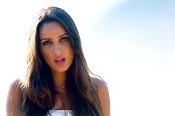 """Romina Palmisano estrena el videoclip de """"Experimentar"""" junto a la Melodía Perfecta. Cusica Plus"""