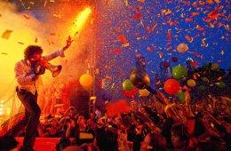 The Flaming Lips toca un nuevo tema en vivo. Cusica Plus