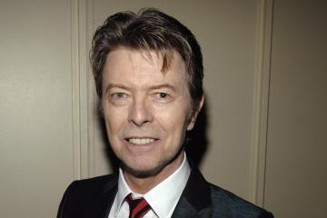"""Nuevo EP y video de """"No Plan"""" para celebrar el cumpleaños de David Bowie. Cusica Plus"""