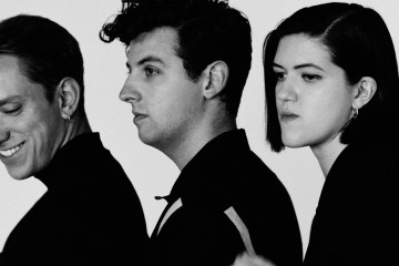 "The xx interpretó ""Lips"" y ""Say Something Loving"" en The Tonight Show de Jimmy Fallon. Cusica Plus"