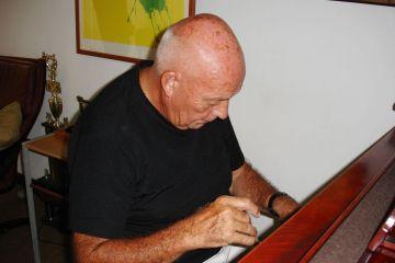 Gerry Weil celebrará sus 79 con concierto en el Centro Cultural BOD. Cusica Plus.