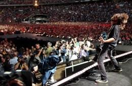 """Los Foo Fighters presentaron sorpresivamente el video de su nuevo sencillo, la oscura """"Run·."""