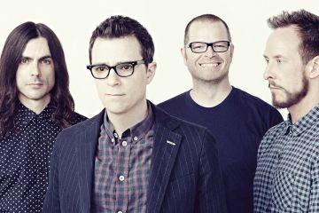 Weezer quiere ser Guns and Roses en su nuevo video. Cusica plus.