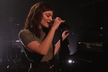 Lorde comparte su set desde Electric Lady Studios. Cusica Plus.