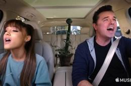 Seth MacFarlane y Ariana Grande se van a 'Little Shop Of Horrors' en 'Carpool Karaoke'. Cusica Plus.